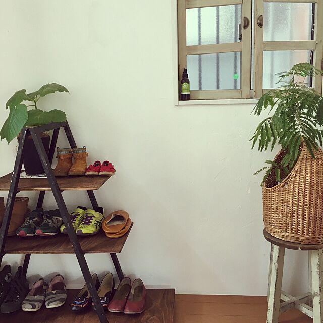 Entrance,靴棚DIY,エバーフレッシュ,ラダーラック,玄関リフォーム,靴箱撤去,玄関,窓枠DIY kyosuenagaの部屋