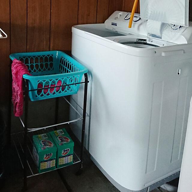 Bathroom,レトロ,古民家,昭和レトロ,古い家,昭和のお家,レトロポップ,洗濯機まわり,かご showanoieの部屋
