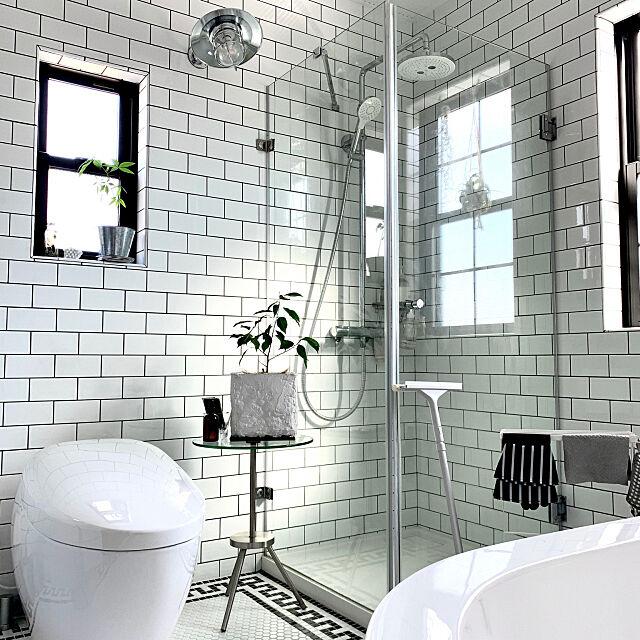 スキージー,家事時短,無印良品 掃除用品,ネオレストNX,TOTOトイレ,サンワカンパニー シャワーブース,ホテルライクインテリア,大掃除,サブウェイタイル,モノトーンインテリア,掃除道具,Bathroom mashleyの部屋