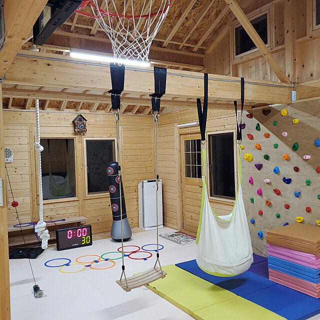 Overview,子供部屋&キッズスペース,小屋,ミニハウス,木の家,離れの部屋,ぶらんこ,バスケットゴール,ボルダリング,ターザンロープ,こどもと暮らす。,キッズスペース,DIY,うんてい,トレーニングルーム,筋トレ y.hの部屋