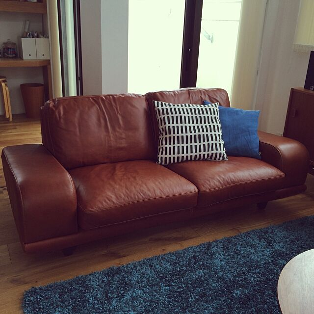 Lounge,ヴィンテージレザーソファ,artek,ACUTUS,狭小住宅,カフェ風,北欧ヴィンテージ,シンプルライフ,男前,吹き抜け,無垢の床,北欧,IDEE muuの部屋