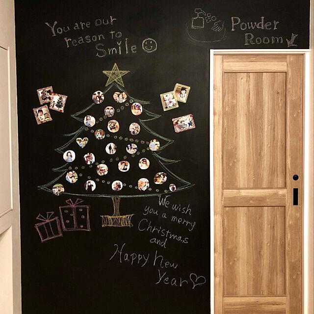 On Walls,家族写真,クリスマスツリー,黒板アート,黒板塗料,クリスマス,リノベーション,リフォーム 中古,エンラージ,北欧,カフェ風,アクセントクロス kazumi_innbの部屋