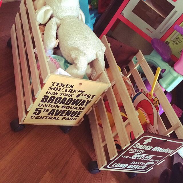 Overview,初投稿☺︎,すのこ,すのこDIY,木箱,おもちゃ箱,子供,100均,DIY,ダイソー,男前,ハンドメイド,セリア,カフェ風 n.comの部屋
