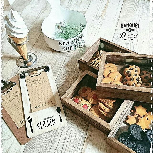My Desk,ホーロー,フェイクスイーツ♡,ダイソー♡,セリア,フェイククッキー,RC長崎支部,ソフトクリーム,食品サンプル,フェイクフード,カフェ風インテリア,100均,オーダー表,クリップボード,木かる粘土,木かる粘土でクッキー,メルカリで購入,おゆまるくん,オレオ,フェイクオレオ,セリアの標本箱,セリアの木箱 mirumiruの部屋