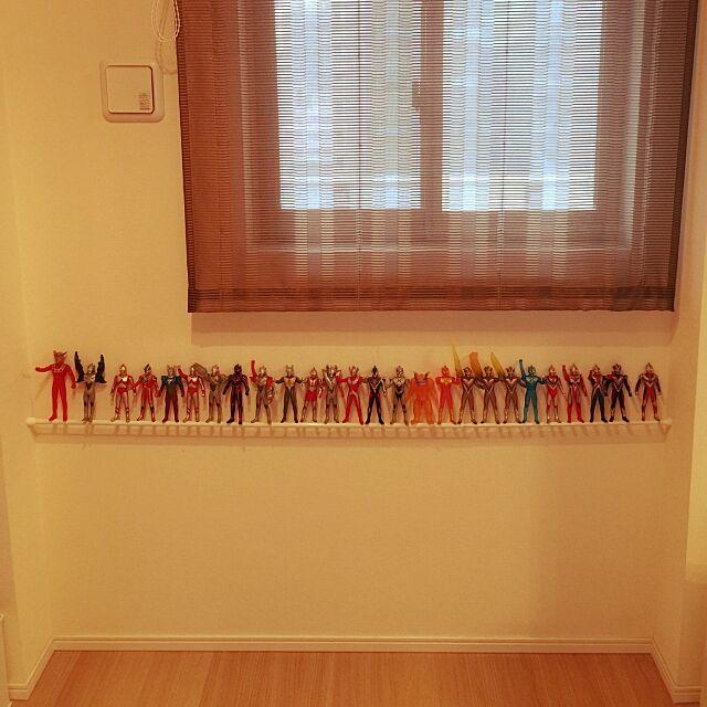 子供部屋 男の子,つっぱり棒,収納アイデア,ウルトラマン,収納 chiiの部屋