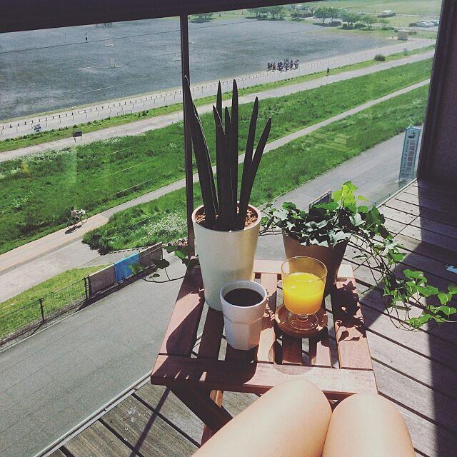 ウッドデッキ,インテリアグリーン,朝ごはん,ベランダ,バルコニー,IKEA,コーヒータイム,コーヒーブレイク,Lounge aikovskyの部屋