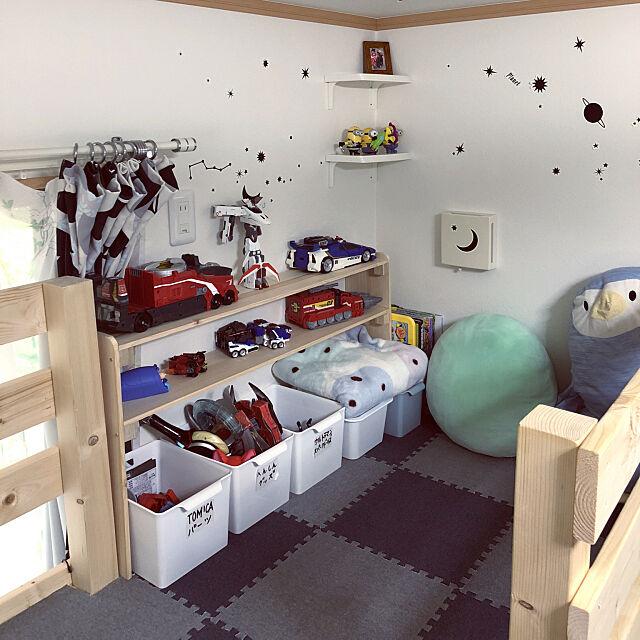ロフトスペース,ロフト,手作り,ロフトDIY,キッズスペース,3COINS,DIY,子供部屋,セリア,トミカ収納,息子作品,100均,My Shelf quruliの部屋