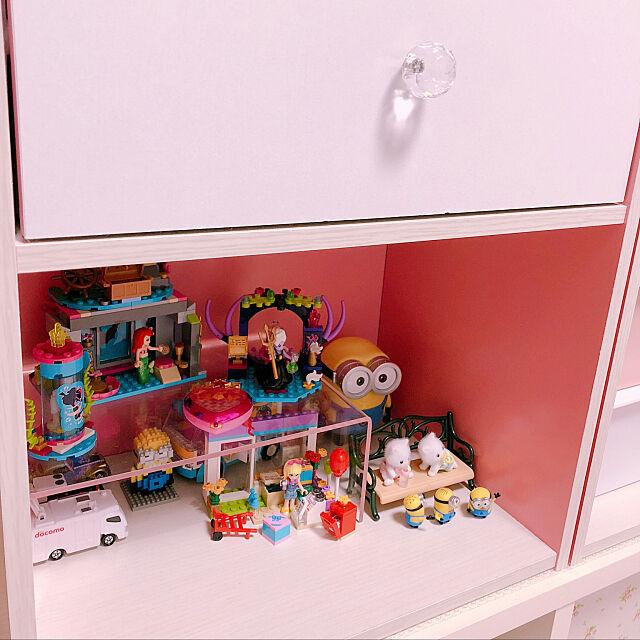 My Shelf,お気に入り,シルバニアファミリー,ピンク,生活感,パステルカラー,トミカ,ミニオン,LEGO,雑貨,ミニチュア,無印良品,すきなもの♡,1DK churaの部屋
