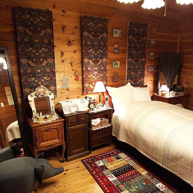 寝室,木のぬくもり,何時もと変わらぬ風景~.:*:・'°☆,皆様に感謝♡,何時も見に来て頂きありがとう,稚拙な写真すみません。,スマホ入力ミス多発スミマセン。(笑),何時見に来て頂き感謝します。,何時も優しいコメント感謝です。,杉無垢仕上げ,ウイリアムモリスのシェードカーテン,葉山ガーデンの家具 bakadoko0918の部屋