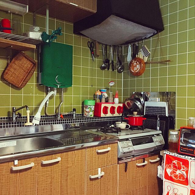 昭和の家,レトロ,タイル,100均,セリア,Kitchen TAAの部屋