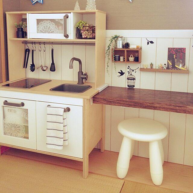 My Desk,板壁 DIY,ムーミン,BRIWAX,セリア,IKEA,ままごとキッチン,キッズスペース,和室 maomaoの部屋