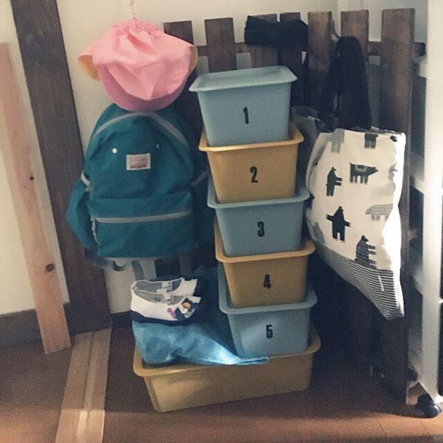 My Shelf,ステンシルシール,絵本袋,上靴,入園準備,すのこリメイク,スクエアボックス,狭すぎて引きで撮れません,セリア,DIY,ダイソー taruの部屋