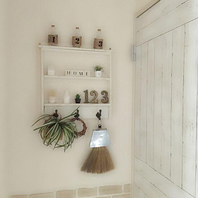 On Walls,思い出の品,シェルフ 棚,手作り,セリア,ナチュラル,DIY,ホワイト大好き,ナチュラルが好き,インテリアシート,お気に入り Yukoの部屋