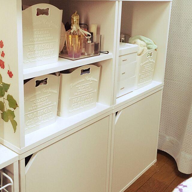 My Shelf,カラーボックス,100均,ダイソー,ワンルーム,一人暮らし,シンプル,セリアのウォールステッカー,賃貸マンション,ホワイトインテリア,ダイソーフレンチガーリーボックス karenの部屋
