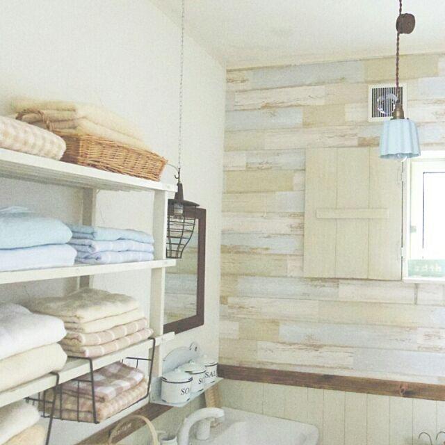 Bathroom,DIY,洗面台リメイク,漆喰壁DIY,壁紙屋本舗,腰壁DIY,サニタリー改造,いつもいいね、ありがとぅございます♡,インスタ→naturalnavy,ブログやってます♡ navyの部屋