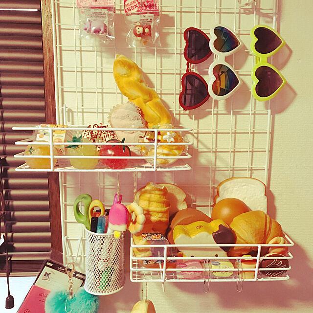 Overview,子供部屋♡,飾りながら見せる収納.*+,スクイーズ棚,ワイヤーネットラック,ワイヤーネット,DIY,セリア,棚作りDIY shimaumaの部屋
