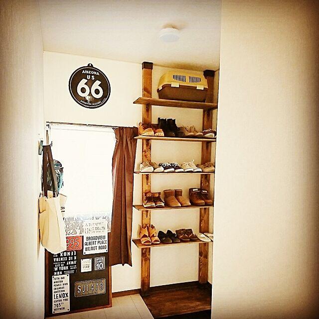 Entrance,ディアウォール,ディアウォール棚,ディアウォール DIY,DIY,木工,木工DIY,ブライワックス,ブライワックス ジャコビアン,靴棚,靴棚DIY,ツーバイフォー,ツーバイフォー材,2×4材,2×4,くらしのeショップ kiraの部屋
