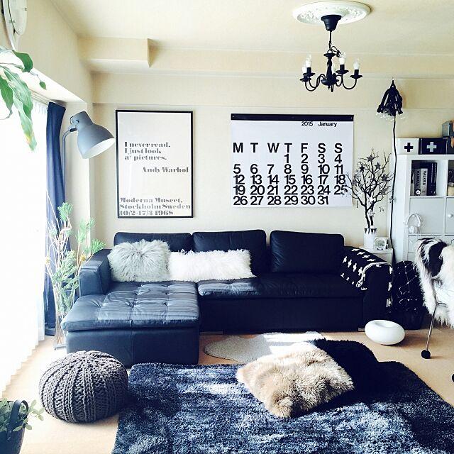 Lounge,白黒,モノトーン,ムートンクッション,グレー,ホットカーペット yoshiの部屋