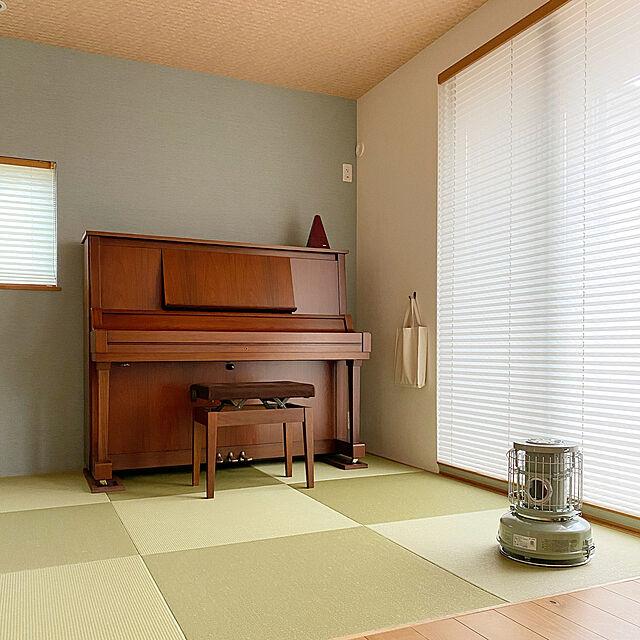 ストーブのある暮らし,センゴクアラジン,ポータブルガスストーブ,琉球畳,プリーツスクリーン,ピアノ,ピアノのある暮らし,和室,暖房器具,暮らしを楽しむ,On Walls,ローズウッド,すっきり暮らす Rinの部屋