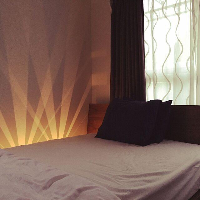 Bedroom,照明,IKEA,寝室,間接照明,ウォールナット,木目調,ケユカ,ライティング,リラックス,LEDライト WR91の部屋
