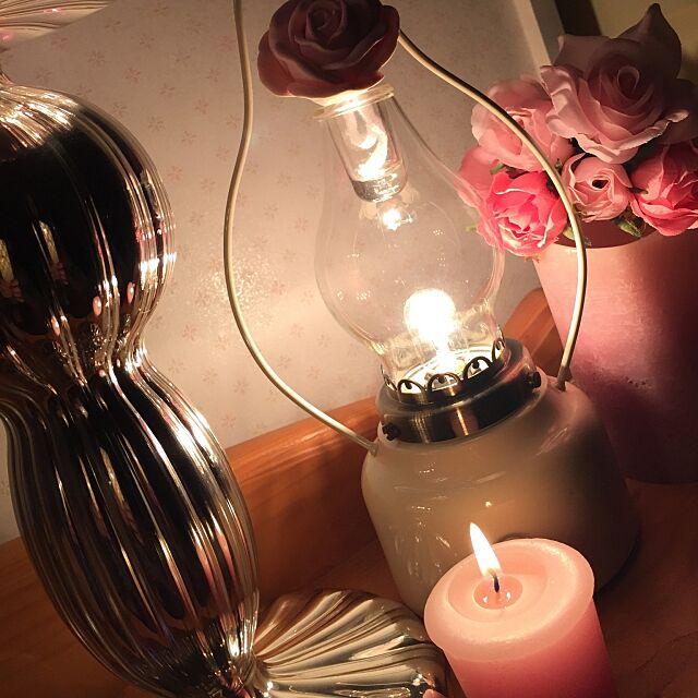 Bedroom,薔薇のキャンドルライト,薔薇の香り♥,築35年,中古住宅,ミニ薔薇,いいね&フォローありがとうございます♡,ゆったり空間 koihiの部屋