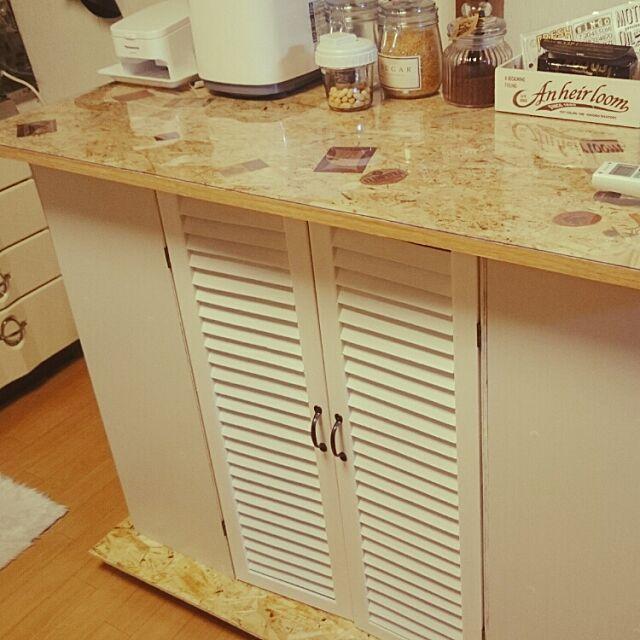 Kitchen,DIY,カラボリメイクカウンター,セリア♡,ガラスキャニスター,実はまだ未完成(笑),いいね!押し逃げばかりでごめんなさい。,いいね!ありがとうございます◡̈♥︎ ae86maniaの部屋