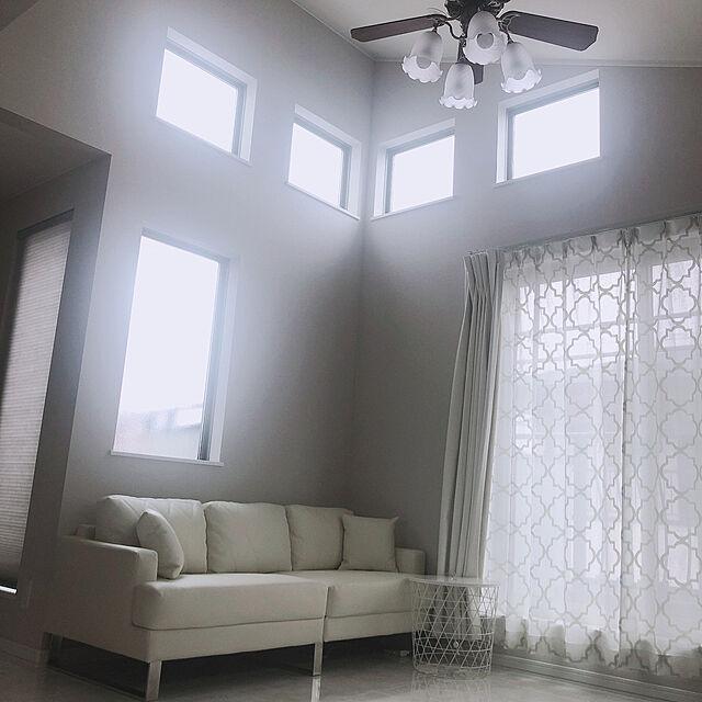 シーリングファン,グレー,ナチュラル,IKEA,シンプル,ホワイトインテリア,白いソファ,照明,勾配天井,Lounge,ハピアフロア,大理石,LOWYA Kkの部屋