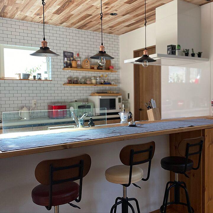 「カジュアルで居心地の良い、カフェ感を追求した吸引力のあるキッチン」 by chibinoriさん